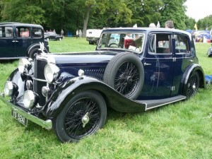 An Alvis Silver Eagle. It was distinctive as Reg drove it to Grimsby Fish Docks and sometimes down to Bourton